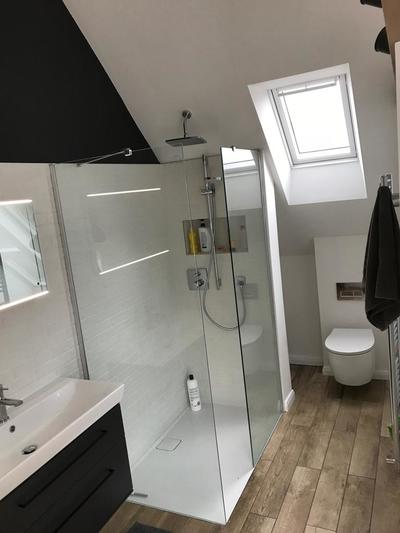 Photo showing spacious modern bathroom in this loft conversion